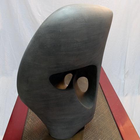 Ⓗ Passeur engobé gris, faïence engobe grise, 1999,  h: 70 L: 45 l: 34